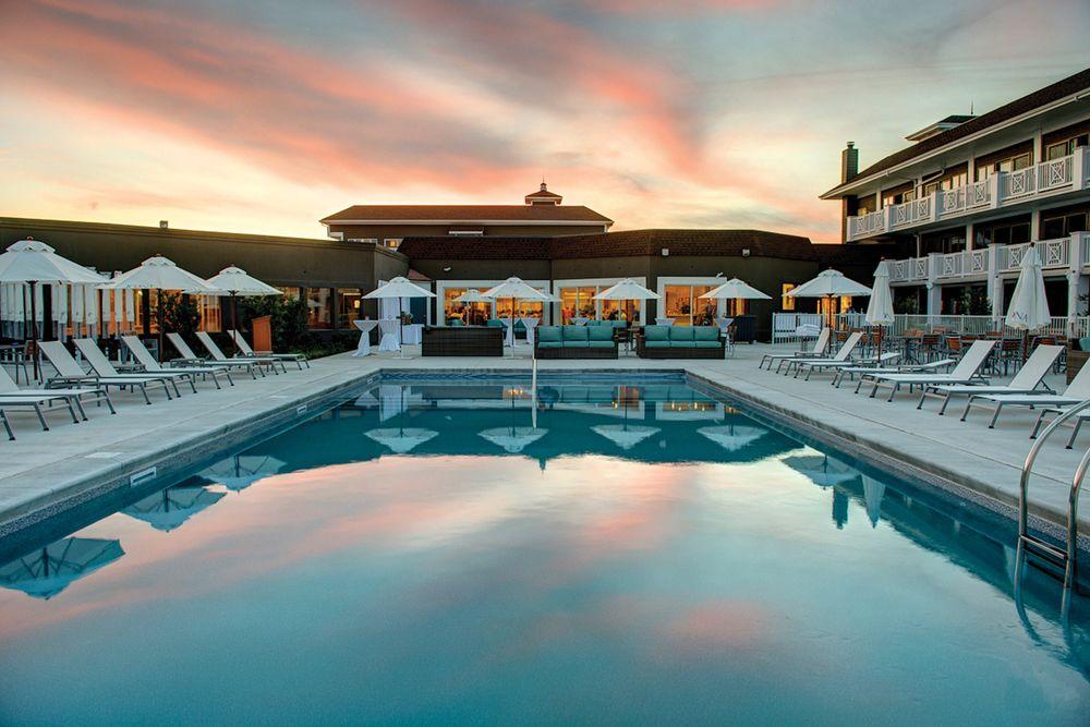 Icona Hotel Pool